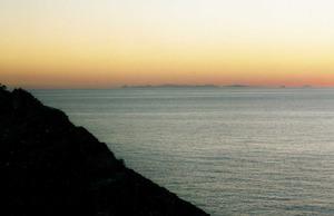 Geografia. Els dies clars es pot veure des d´Eivissa la costa peninsular. Foto: Josep Antoni Prats Serra.