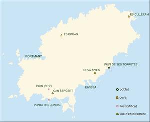 Prehistòria. Mapa d´Eivissa amb les troballes d´època prehistòrica. Elaboració: Museu Arqueològic d´Eivissa i Formentera / José F. Soriano Segura / Antoni Ferrer Torres.