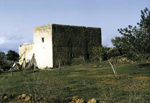 Casa de la finca de Jesús coneguda com ca n´Eloi, on es trobaren restes arqueològiques. Foto: Josep Cardona Riera.