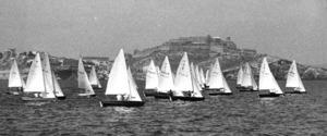 Una prova del trofeu Garcés de los Fayos per a embarcacions de la classe snipe. Foto: Josep Buil Mayral.