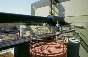 Detall de la central elèctrica de Gas i Electricitat SA que subministra energia a les illes d´Eivissa i Formentera.