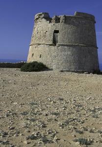 La torre de la Gavina, a la costa de ponent de Formentera. Foto: David García Jiménez.