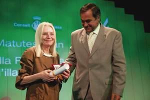La metgessa i investigadora Estella Matutes Juan, en l´acte de concessió del títol de Filla Predilecta de l´Illa d´Eivissa. Foto: Consell Insular d´Eivissa.