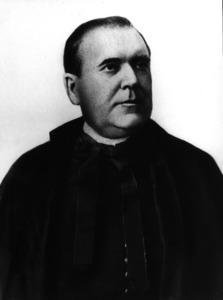 El capellà castrense, originari de la Mola Antoni Mayans Marí.