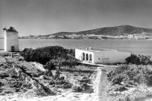 La punta des Molí, a la badia de Sant Antoni de Portmany. Foto: A. Campañá / J. Puig Ferrán / cortesia de l´Arxiu Històric Municipal d´Eivissa.