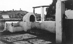 Una imatge històrica del pujol des Molins. Foto: Viñets / Arxiu Històric Municipal d´Eivissa.