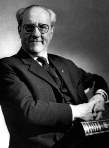 """El filòleg Francesc de Borja Moll i Casasnovas, que el 1928 ja va publicar el seu primer treball sobre Eivissa, amb el títol """"Salvem els vells molins"""". Foto: <em>Enciclopèdia de Menorca</em>."""
