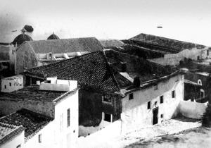 Vista del principi del s. XX de can Montero, presa des de la torre del campanar de la Catedral. Foto: Narcís Puget Riquer / Arxiu Històric Municipal d´Eivissa.