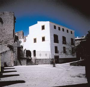 L´antiga Pabordia, que després va ser Palau Episcopal i Cúria Diocesana. Foto: Josep Maria Subirà.