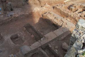 Hort des Palmer. Restes d´una estructura interpretada com un edifici de caràcter funerari. Foto: Glenda Julieta Graziani Echávarri.