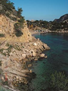L´indret conegut com sa Passa de Mossènyer, a la costa de Sant Miquel de Balansat. Foto: Felip Cirer Costa.