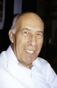 """El sacerdot i investigador Joan Planells Ripoll –Murtera–. Foto: Vicent Ribas """"Trull""""."""