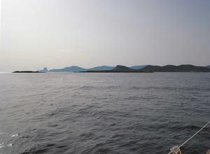 Els dos extrems més occidentals de les illes Negres reben el nom de punta de Ponent. Foto: Felip Cirer Costa.