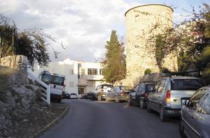 Es Puig des Molins. Final del carrer de l´Arxiduc Lluís Salvador, amb la torre del molí d´en Cantó. Foto: EEiF.