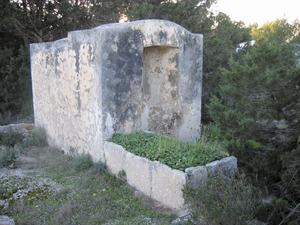 La cisterna de can Misses, a la vénda de sa Punta. Foto: Vicent Ferrer Mayans.