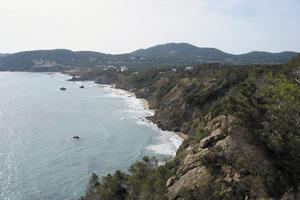 Es Raig, a la costa de Sant Carles de Peralta, en el límit amb el poble de Sant Vicent de sa Cala. Foto: Felip Cirer Costa.