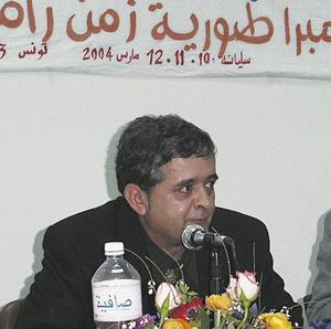 L´arqueòleg Joan Ramon Torres en un congrés a Siliana (Tunísia). Foto: Joan Sanmartí.