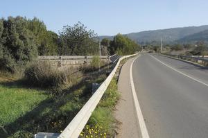 El pont d´en Ramopn, a la carretera d´Eivissa a Sant Joan, vora can Coroner. Foto: Felip Cirer Costa.