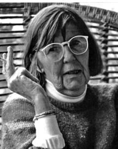 La professora, periodista i pintora Felicity Reid, que resideix a Eivissa des de 1961. Foto: <em>Ruta del Arte.</em>