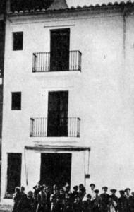 Casa del núm. 40 del carrer de Mar, on va néixer el corsari Antoni Riquer i Arabí.