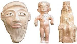 Algunes peces arqueològiques de la col·lecció de Rafael Sáinz de la Cuesta, que fou donada a l´Estat i que es conserva al Museu Monogràfic del Puig des Molins. Foto: col·lecció del Museu Arqueològic d´Eivissa i Formentera.