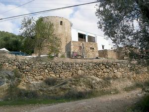 Municipi de Sant Antoni de Portmany. Torre de can Mossonet, a la vénda de sa Vorera. És, segurament, del s. XVII. Foto: EEiF.