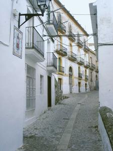 El carrer de Sant Carles, amb una vista a la casa Tuells. Foto: Felip Cirer Costa.
