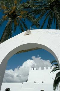 Església del poble de Sant Jordi de ses Salines. El poble és situat a la part S de l´illa d´Eivissa.