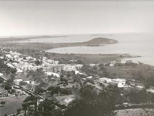 La Societat d´Agricultors va reclamar, a començament del s. XX, la construcció d´un port a Santa Eulària des Riu, per tal de millorar l´exportació de productes agrícoles d´aquella comarca. Foto: extret d´<em>Eivissa Antiga</em>.
