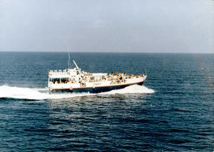 La llanxa<em> Tanit</em>, que durant vint anys va cobrir la línia Formentera-Eivissa. Fou el primer vaixell ràpid d´aquesta línia. Foto: Vicent Ramos Calatrava.