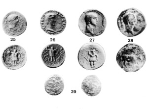 Claudi Neró Tiberi. Anvers i revers de diverses monedes de la seca ebusitana. Semis i quadrants de Tiberi (25), de Calígula (26), de Claudi I (27 i 28) i de Tiberi o Calígula (29).