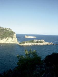 La punta de sa Truja éx l´extrem septentrional de l´illa des Bosc, al port de Sant Miquel de Balansat. Foto: Felip Cirer Costa.