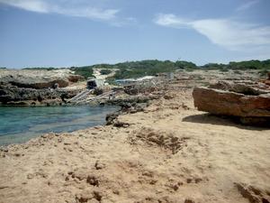 El caló d´en Trull, a la costa de ponent de Formentera. Foto: Felip Cirer Costa.