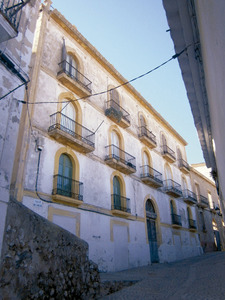 Can Tuells, al número 13 del carrer de Sant Carles, Dalt Vila. Foto: Felip Cirer Costa.