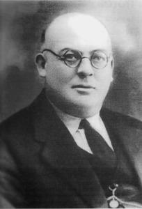 Vicent Tur Bonet, farmacèutic i director del Col·legi de Segona Ensenyança.