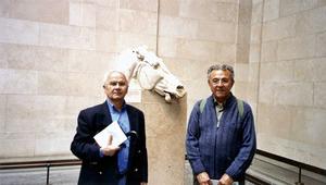 Pere Vilàs Gil (dreta) amb Joan Prats Bonet al Museu Britànic, el 2005. Foto: arxiu de Pere Vilàs Gil.