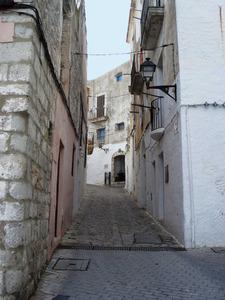 Al fons del carrer de Sant Ciríac, amb la capella, lloc per on se suposa que Joan Xicó entrà a la murada d´Eivissa el 1235. Foto: Felip Cirer Costa.