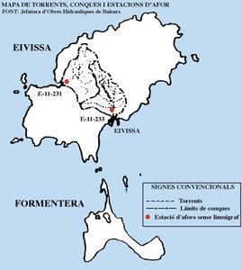 Aigua. Mapa de torrents i conques d´Eivissa i Formentera, amb les estacions d´aforament. Cortesia de la Jefatura d´Obres Hidràuliques de Balears.