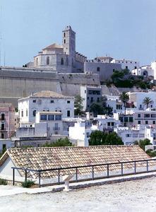 L´explosió del polvorí que hi havia al baluard de Santa Llúcia, el 1730, va originar l´expressió de l´any des tro. Foto: Ernest Prats Garcia.