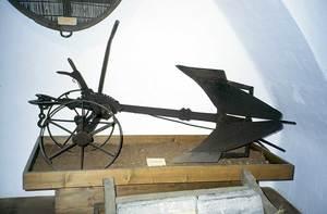 Una arada amb rodes. Cortesia del Museu Etnològic de Santa Eulària.