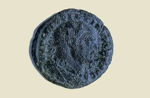 Antoninià de Dioclecià. Les reformes d´aquest emperador suposaren la fi de la crisi del segle III. Foto: A. Chastel / MAEF.