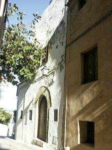 Façana de l´antiga capella de l´Esperança, al carrer Major de Dalt Vila, seu del gremi de teixidors. Foto: EEiF.