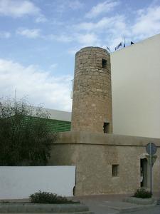 El molí d´en Simó, a Sant Antoni, de tipologia mallorquina. Foto: Felip Cirer Costa.