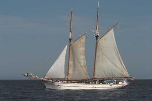 Navegar. El vaixell <em>Tho-pa-ga</em>. Foto: Vicent Marí.