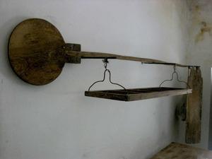 Una pala, amb un canís i un taulell. Foto: Maria Jesús Adamuz Torres.