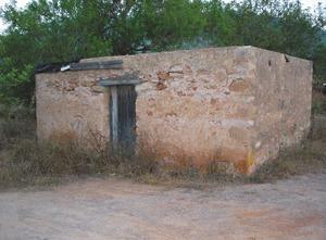 Una pallissa vora el torrent des Verger, del poble de Sant Josep de sa Talaia. Foto: Felip Cirer Costa.