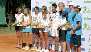 Tenis. Participants en el Màster Nacional Nike Junior Tour, celebrat a Eivissa.
